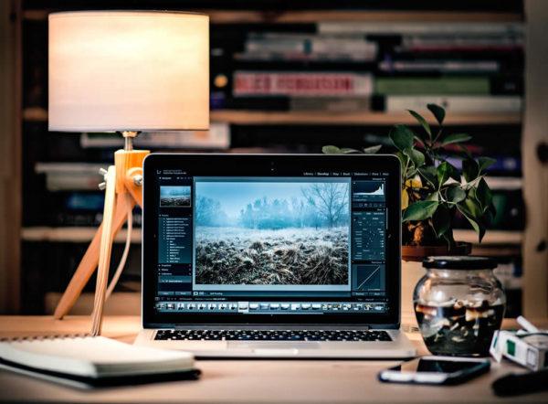 mesa de trabalho laptop notebook macbook 360toolbox